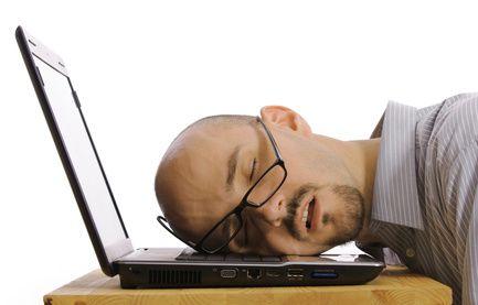 Krónikus fáradtság: ezek az árulkodó tünetek