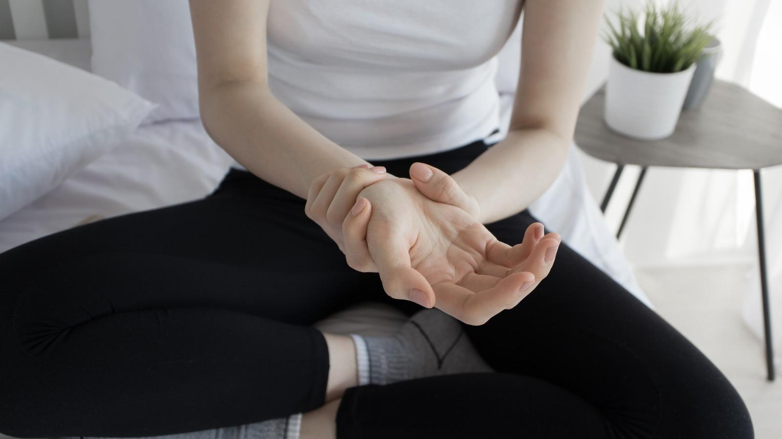 hogyan lehet kezelni a térd artritisz milyen kenőcsök akut váll fájdalom izomízületek
