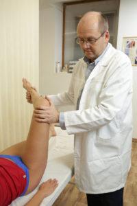 fájdalom a bokaízület beesése után